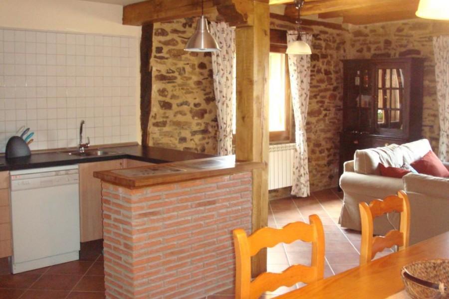 salon-con-cocina-barra